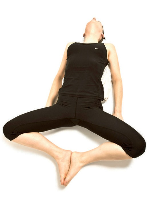 Supported bound angle pose