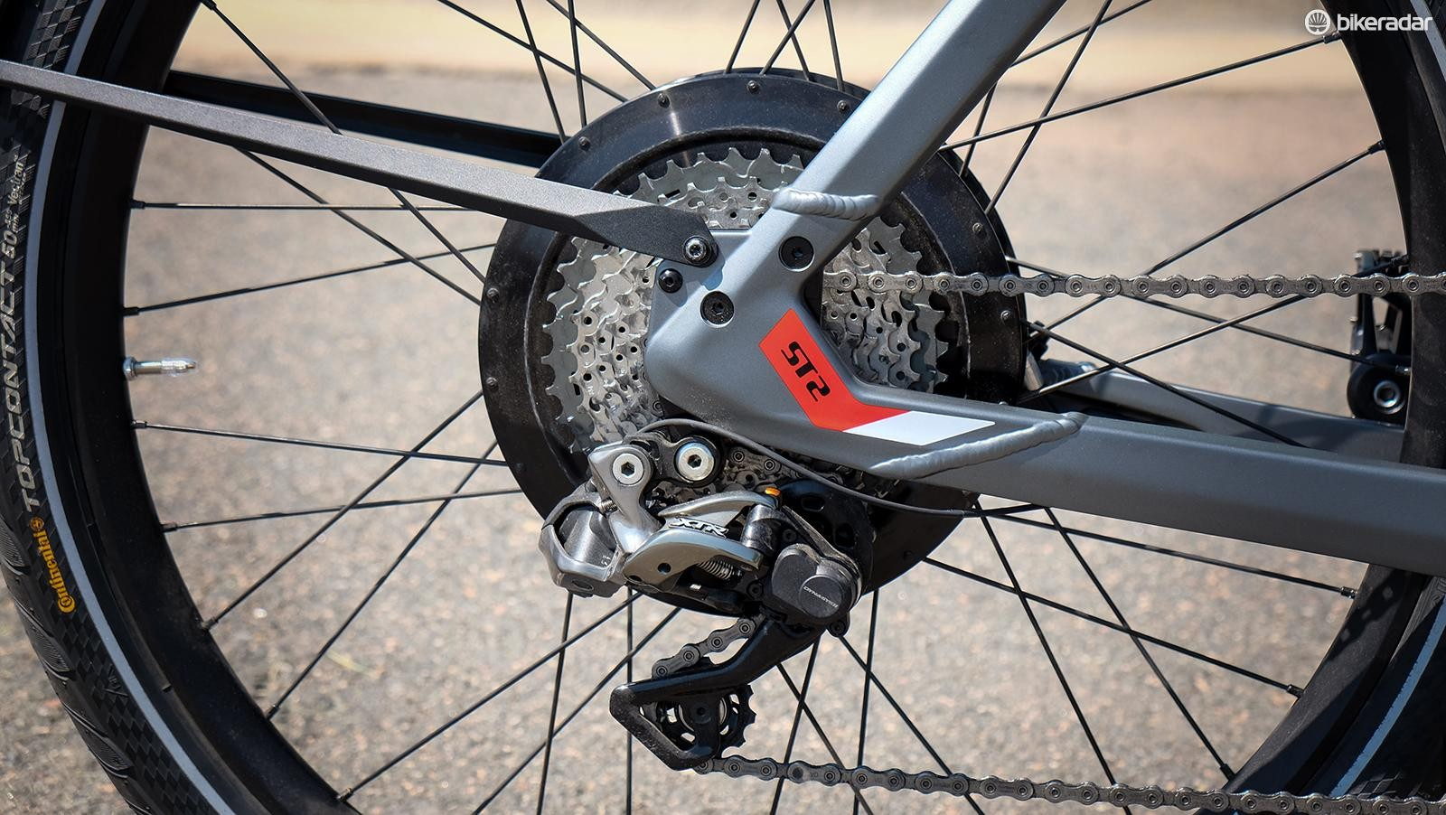 The ST2 S uses Shimano's premium XTR Di2 electronic shifting system