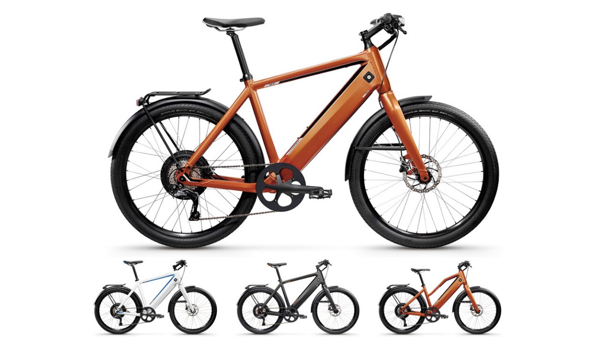 Three colors are available as well as a version with a dropped top tube