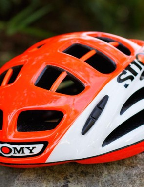 Suomy is now in cycling, and we've got our hands on the new Gun Wind road helmet. Pictured is the 'HV White/Orange', which is one design out of 12
