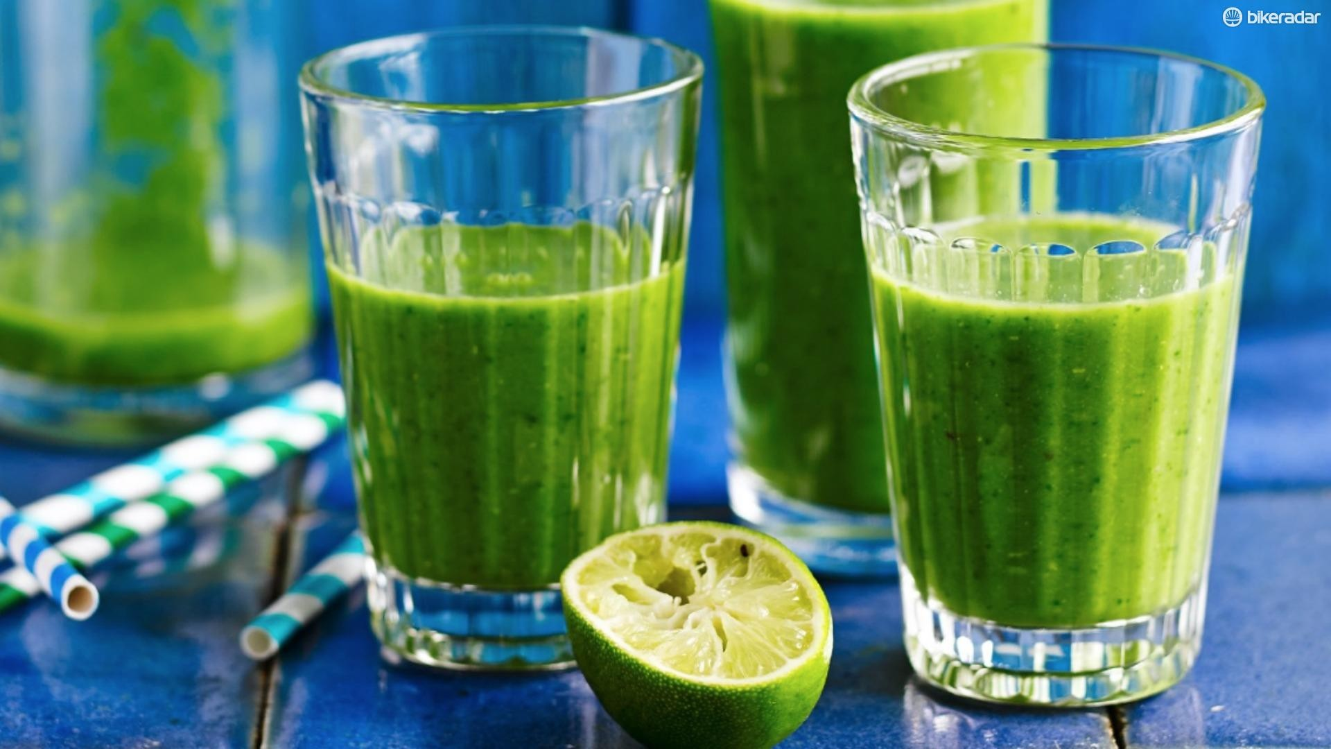 We love the crazy green colour of this smoothie!