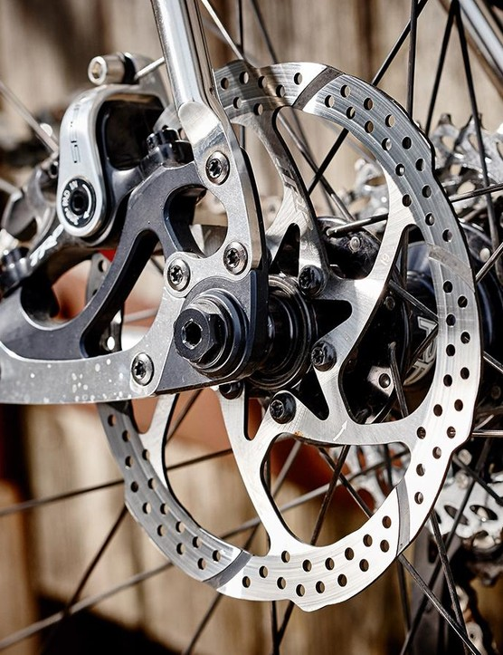 The wheelset is tightly built and free of flex
