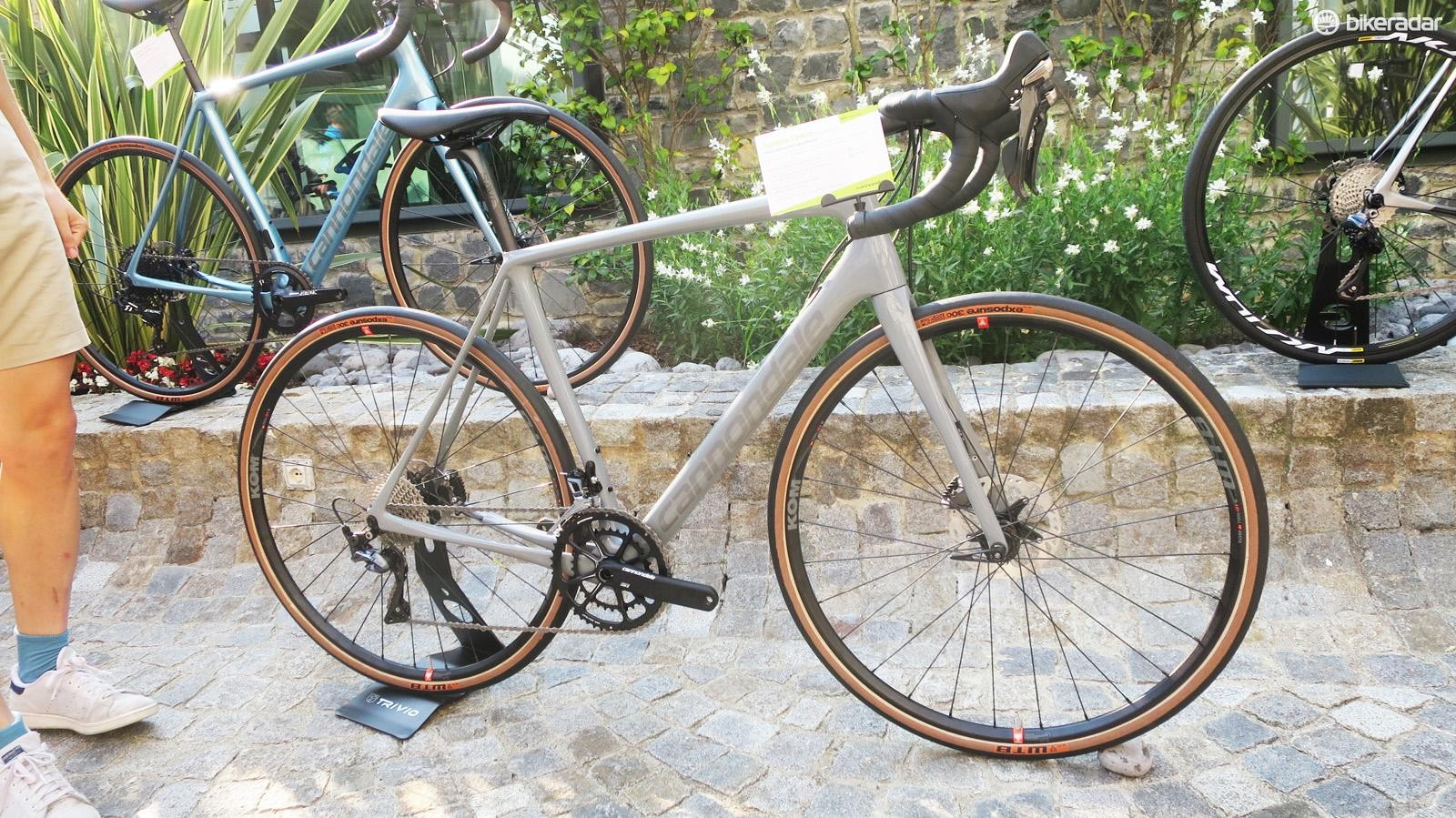 The SE Ultegra bike is built in a much more gravel friendly spec…