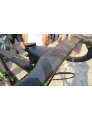 The SAVE System bar is a clever piece of integration that breaks the rules on what normal standards should be, and it'll be available aftermarket too, with pricing expected to be around the £200–£250 mark for the bar and £70 for the stem