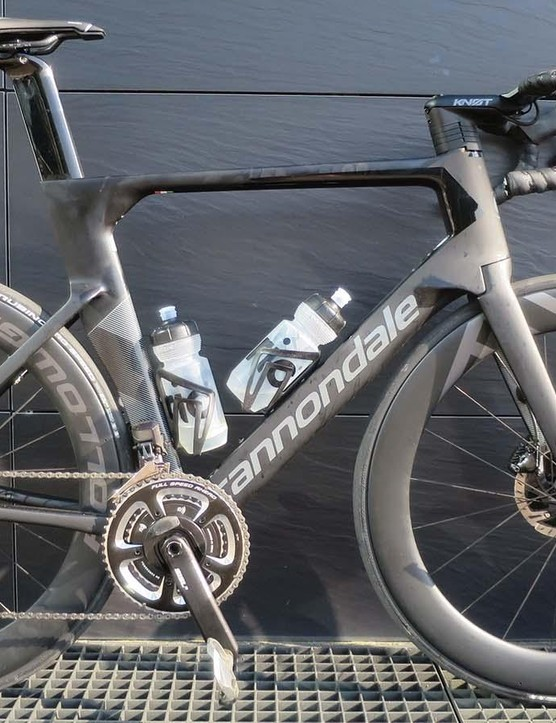 I got to ride the range topping Dura-Ace Di2 Hi-Mod model