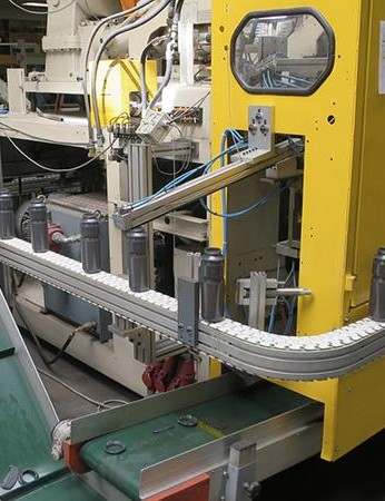 Tacx's production is highly automated, this machine can mould bottles 24/7 and also recycles the moulding offcuts meaning zero waste