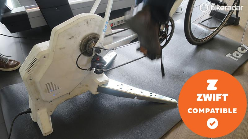 We got the chance to try out the final prototype of the Flux trainer, call it a Neo light, but the ride feel was superb