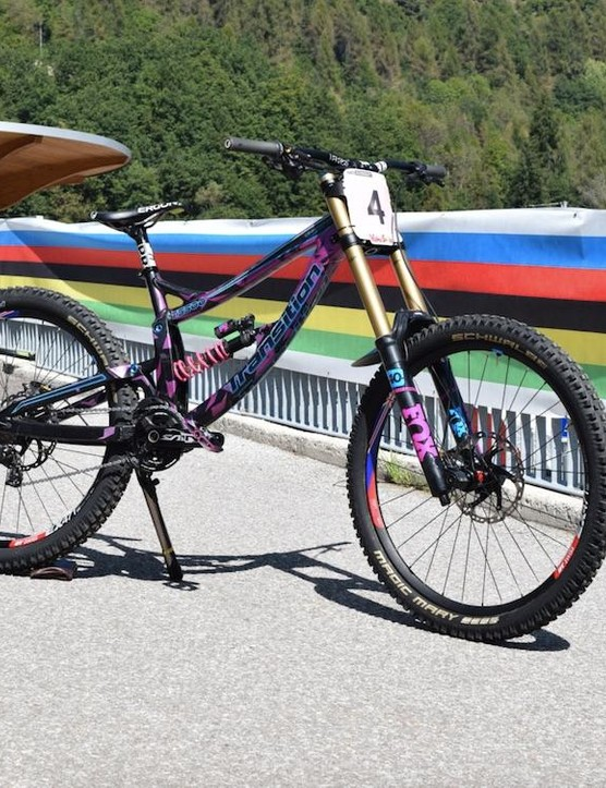 Tahnée's somewhat sparkly World's bike