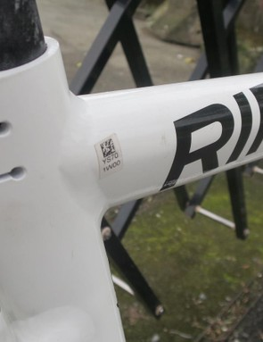 Big tear drop shapes in the frame are for pure styling not aero reasons
