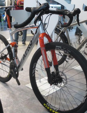 The Ranger seems to hit the right notes with big-volume Maxxis treads and a super-wide flared FUNN bar