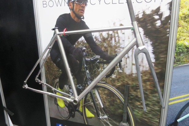 Only here in raw-unfinished form for both frame and dedicated carbon fork, Bowman's prototype stainless disc machine based on the Layhams looks like another winner, nonetheless