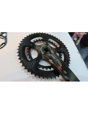 The new Praxis rings can be switched between 4 and 5 arm cranksets