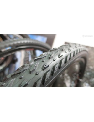 … making the 700c XCX a much more mud-friendly offering