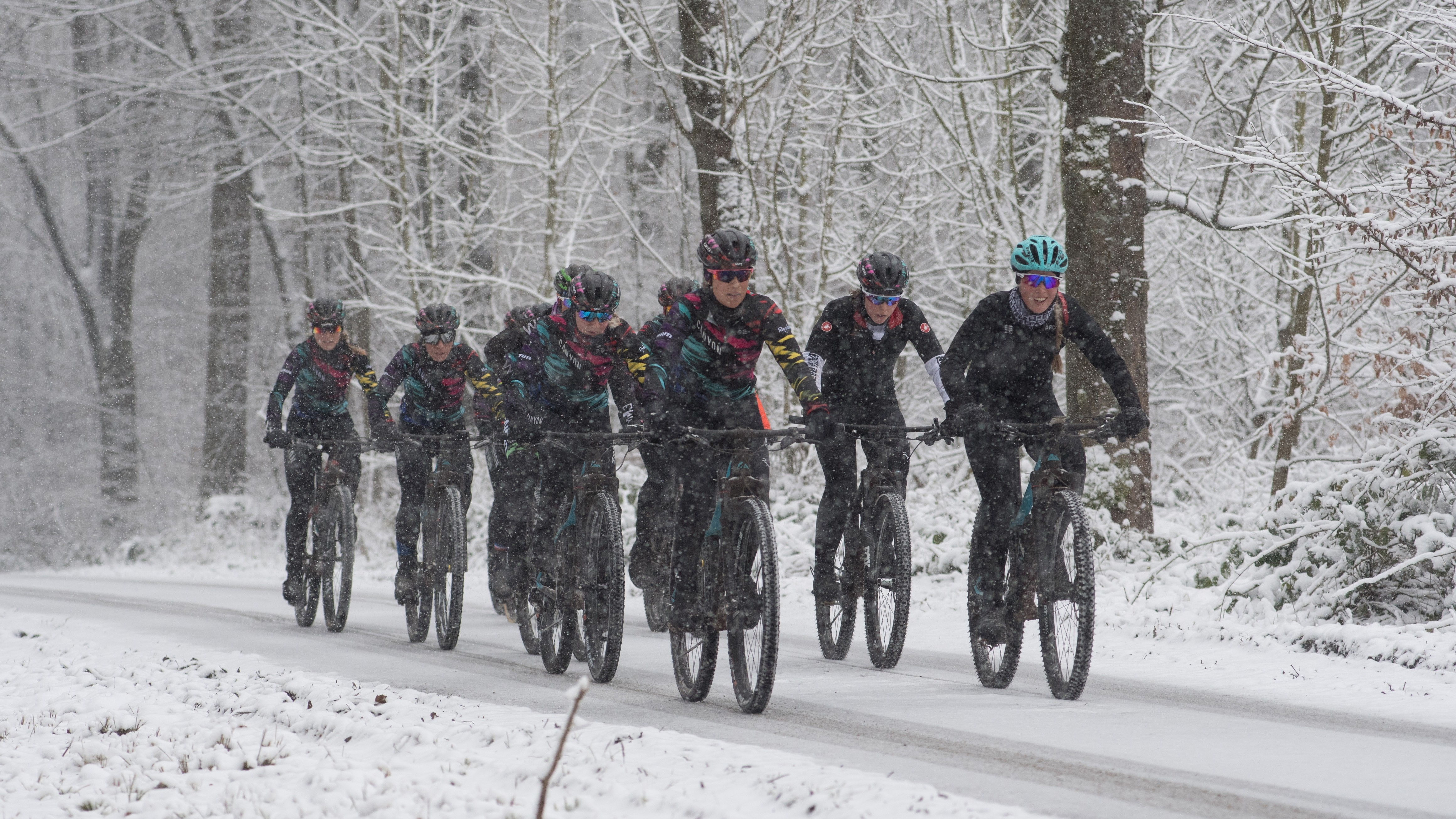 The finalists braved the snow on winter mountain bike rides with the Canyon//SRAM team