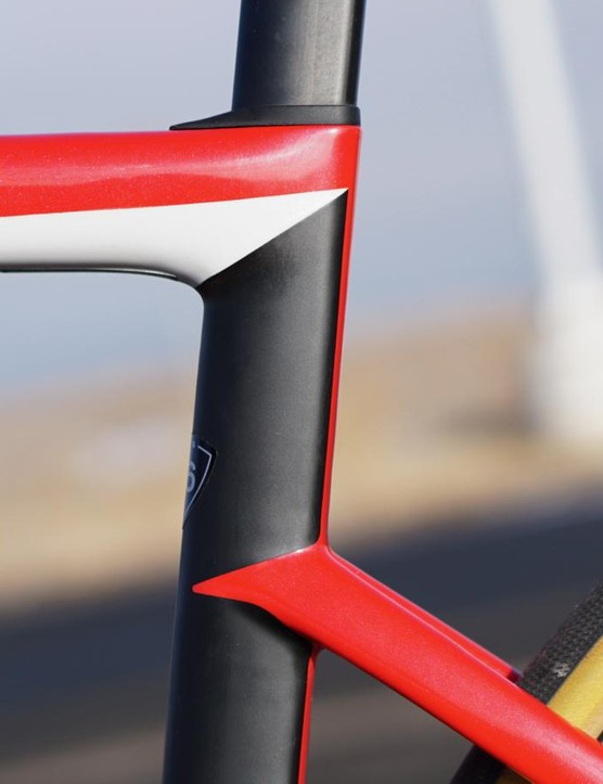 Dropped seatstays are a trend in performance race bikes