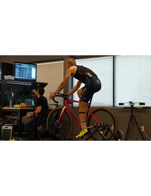 While Retül co-founder Todd Carver didn't change my bike setup, he did scoot my shoes slightly forward on the pedals. Retül uses its own motion-capture software for fits, with each key point marked on the body and tracked in 3D