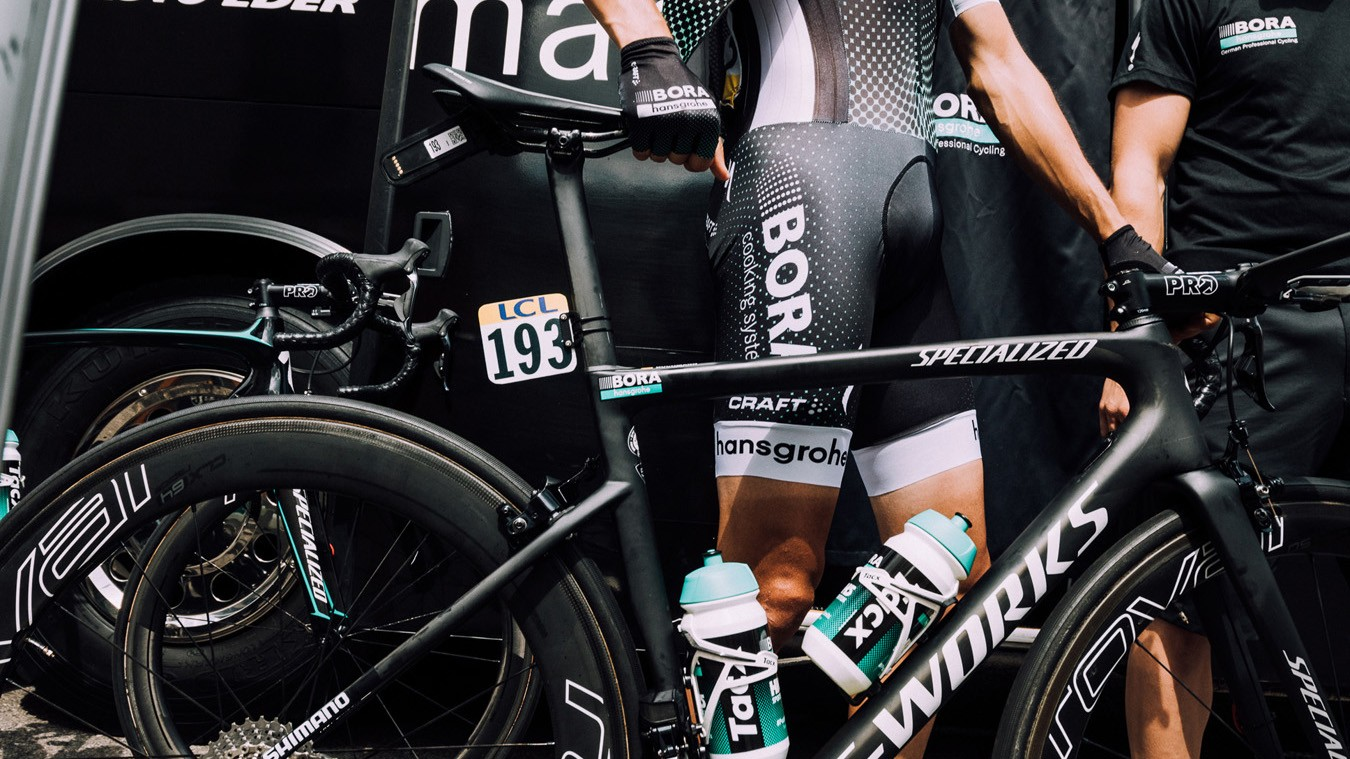 The new Tarmac has already been ridden and raced by Bora. Specialized sponsored athletes also played a big role in the development of the bike