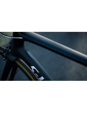 The down tube internal cable routing can be adapted for plenty of options or this blanking plate can be used if you're running eTap