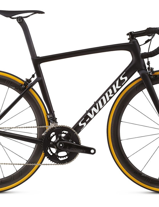 The Ultralight S-Works Tarmac gets special ultralight paint, ee brakes, CLX32 wheels, cotton tyres, and a carbon S-Works chainset alongside Dura-Ace Di2