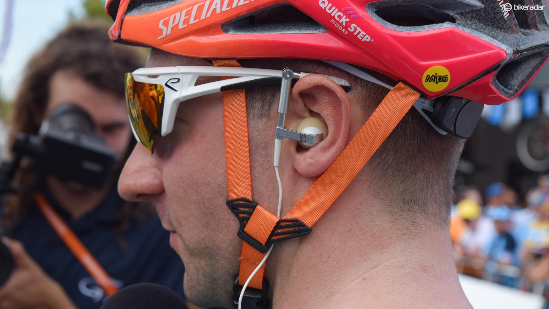 High-end HiFi manufacturer Bang & Olufson supplies Quickstep with radio earpieces that neatly integrate into the team's Ekoi sunglasses