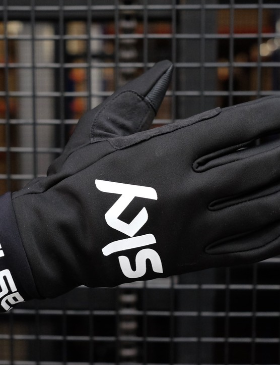 The Scalda is the team's foul weather glove