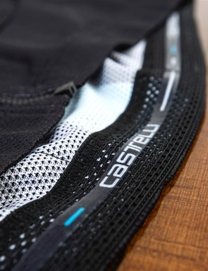 The thermal long sleeve jersey uses a fleece backed fabric, ideal for cold rides. Dave Brailsford says that Castelli