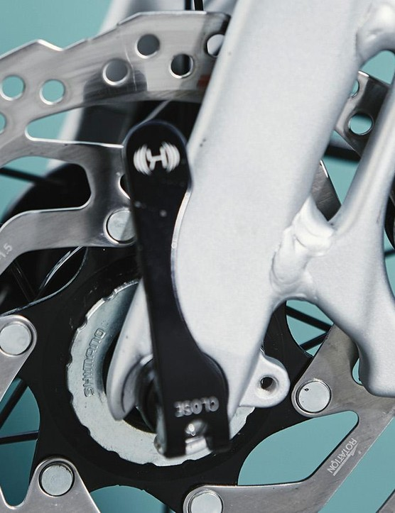 The bike gets hydraulic disc from Shimano