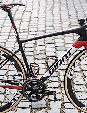 The Giant Defy Advanced SL of Sunweb's Paris-Roubaix hope Mike Teunissen