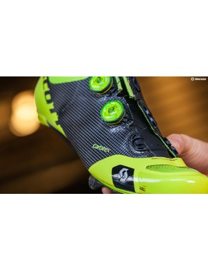 The shoes feature a Carbitex upper