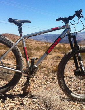 The gear box was attached to a Colorado-born Reeb steel 27.5+ hardtail