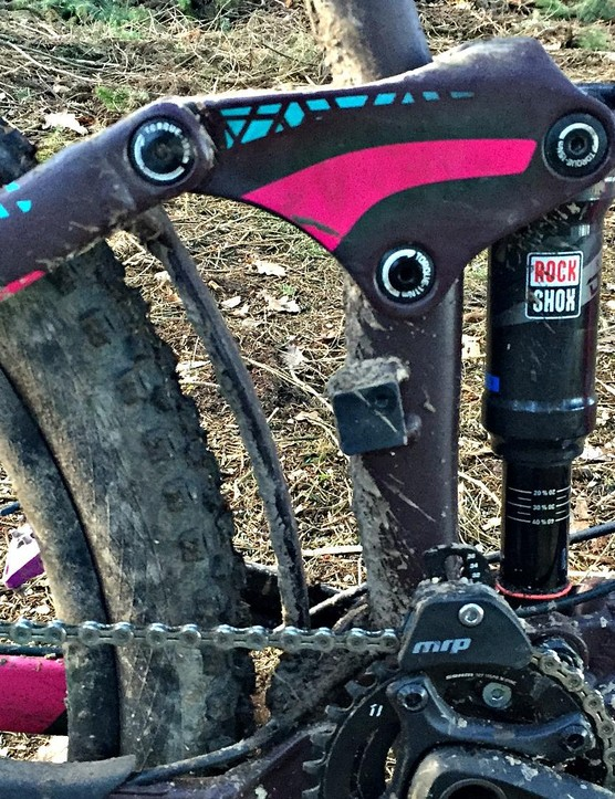 The Maestro suspension system works well with the Trunnion mounted RockShox Deluxe R shock