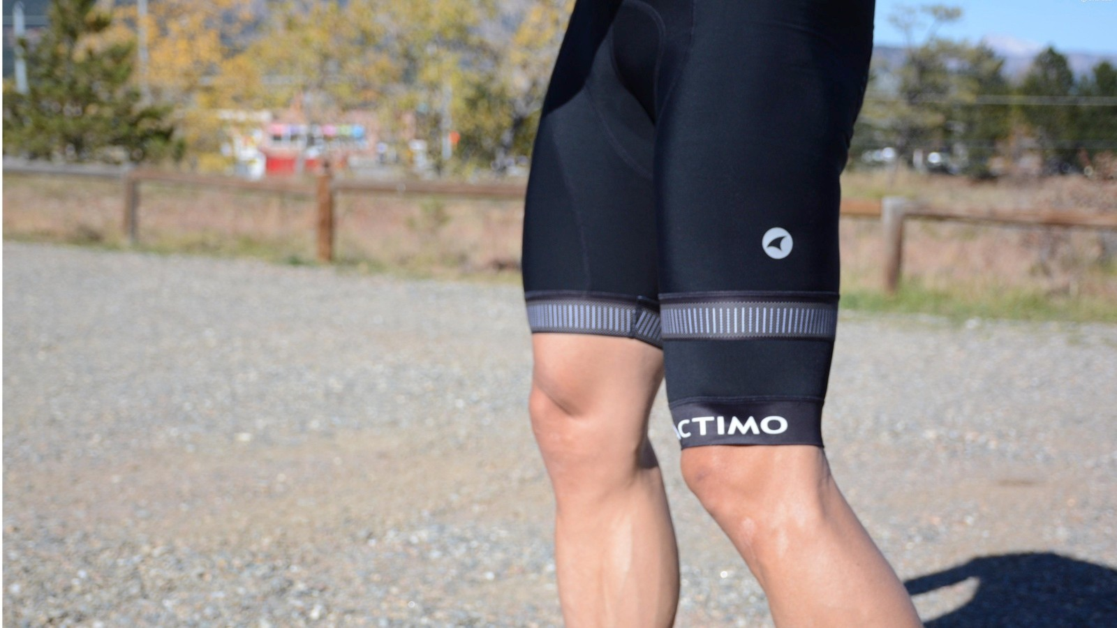Talk about a 'tweener product — the Thigh Warmer is for conditions when it's too cold for bare legs but not cold enough to warrant knee or leg warmers