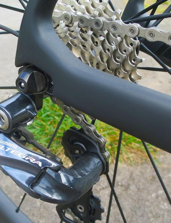 The smoothly inset rear mech mount is another highlight on the Capella's frame