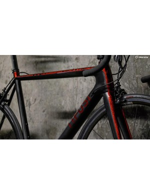 Gloss red meets matt black in a volcanic mishmash of excellence