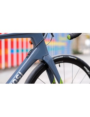 While the area around the head tube looks a little like a Genesis Datum