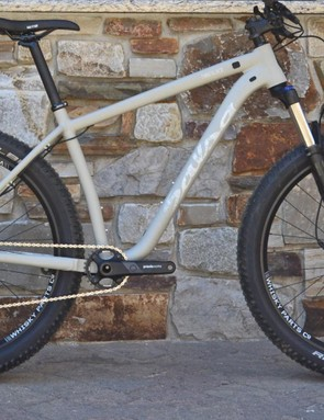 Salsa's Timberjack NX1 hits the modern hardtail checkboxes with 27+ wheels, internal cable routing, a 120mm fork and a low, slack aluminum frame