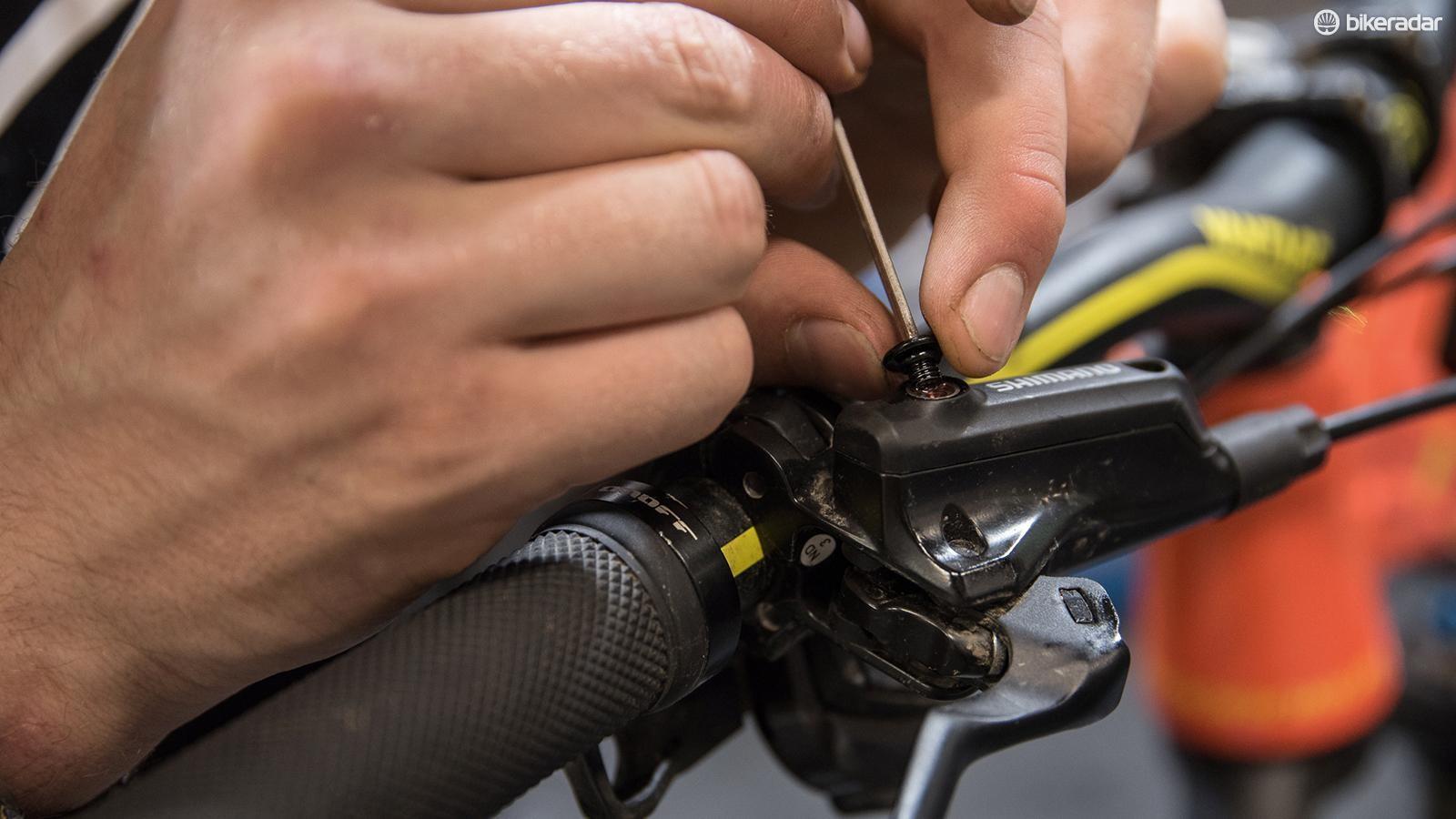 tips-for-bleeding-shimano-brake-07-1519948261070-dw9djhtmhjkd-1535015236465-pyicruhob9ne-1ba35f5