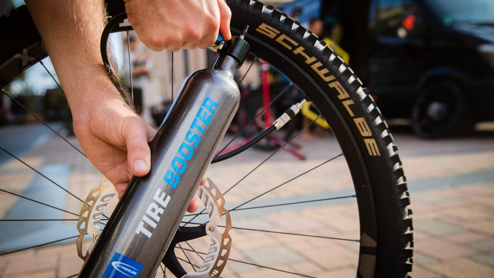 Set up even challenging tubeless tires without compressor