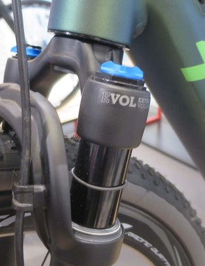 Titici gives you the option of Fox's gravel-specific, 40mm travel suspension fork on its e-gravel bike