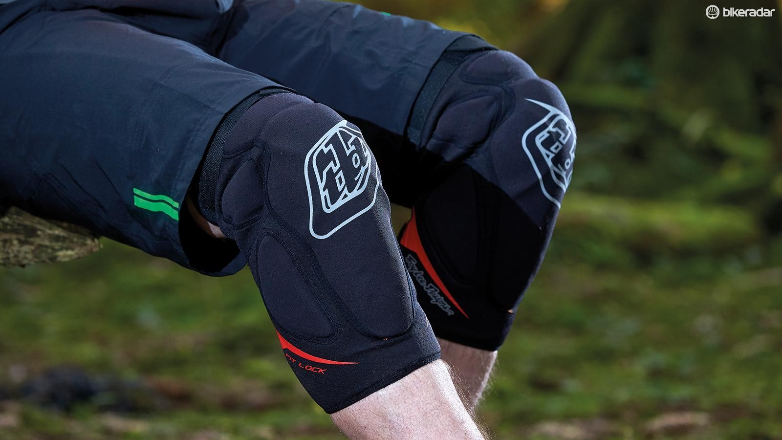 Troy Lee Designs Raid knee pads