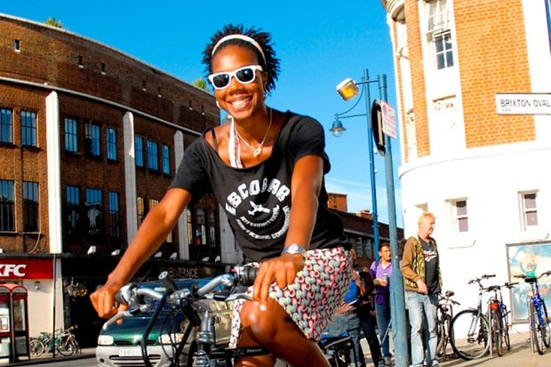 Daniel Norwood's winning shot of Toni Peters shows that cycling can be chic.
