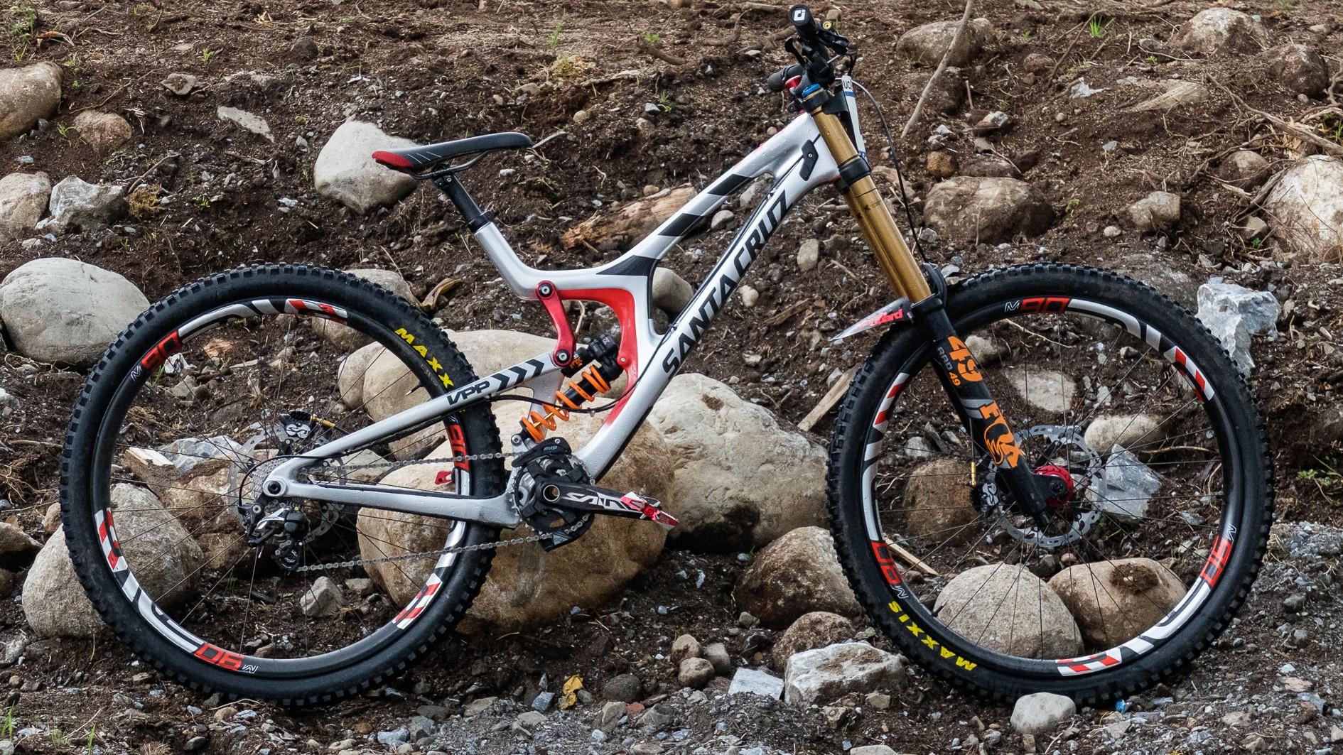 top-5-29er-dh-bikes-2-_-1499250044807-p1qsl353trf4-6d6f2e5