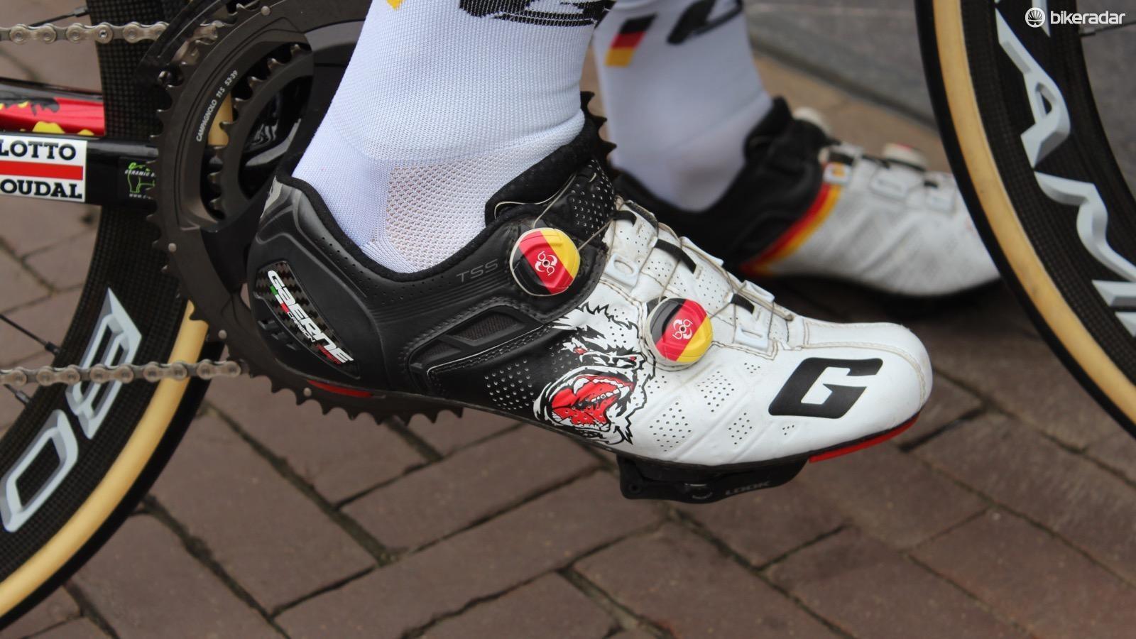 top-5-pro-shoes-7-1494382594738-154lvho86r76e-bb84e36