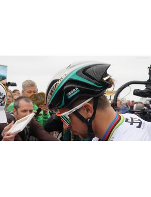 World champion Peter Sagan often races in the S-Works Evade