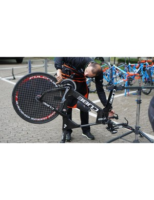 There's another way to use a bike workstand...