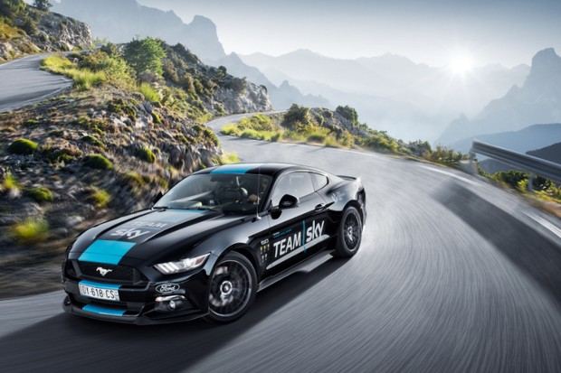 Team Sky's Ford Mustang support car