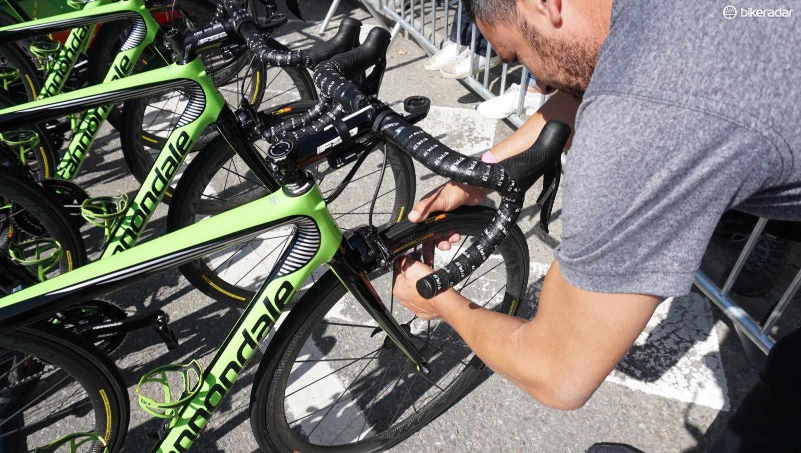 All but two Cannondale-Drapac riders use the same 7/7.5 bar air pressure