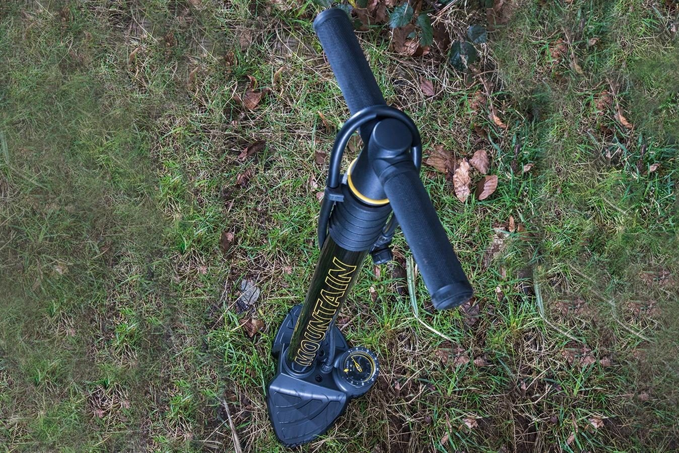 The Topeak Joe Blow Mountain track pump
