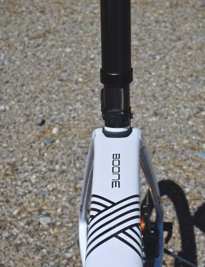 The ISO Speed design requires a little extra stance width in the seatstays to allow the seat tube to flex fore-aft
