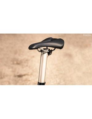 Montrose Comp saddle